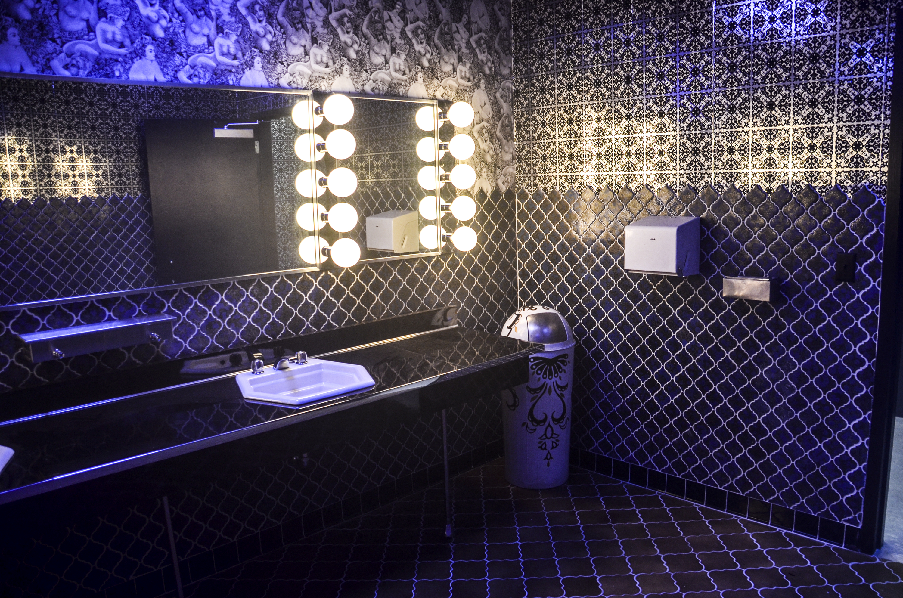 Best design in the movies of 2013 for Best bathroom designs in the world